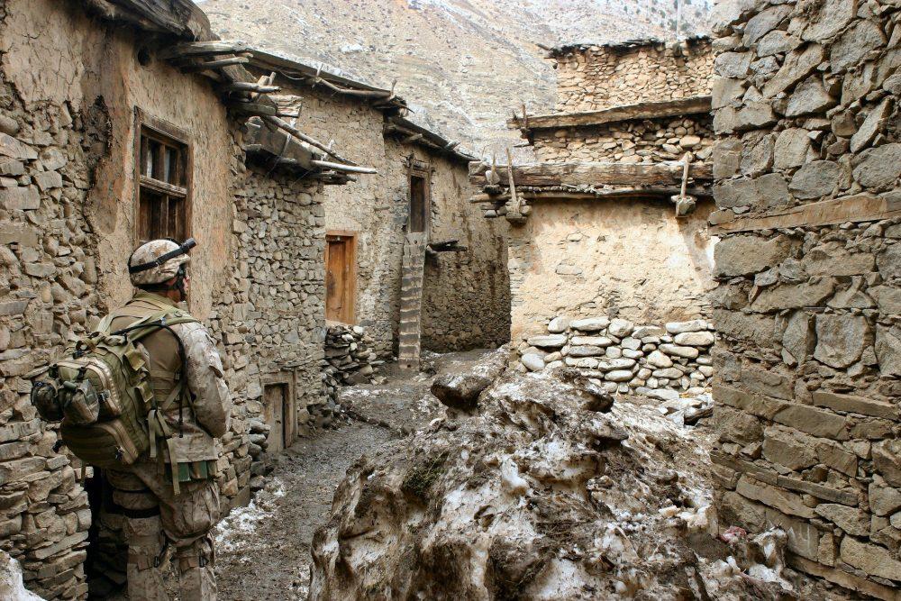 L'un des cinq Afghans rapatriés en France, un taliban ?